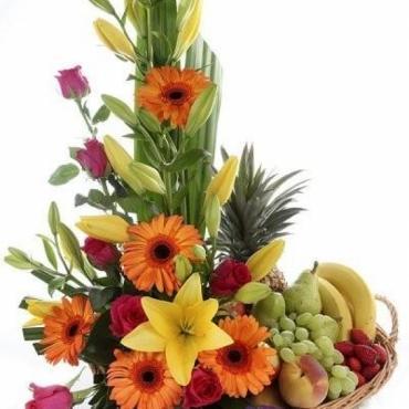 Cesta de flores y frutas -Soria